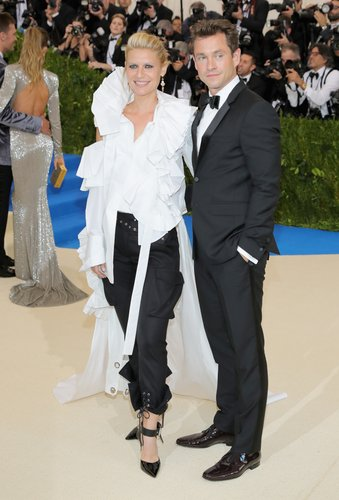 Claire Danes and Hugh Dancy attend the 'Rei Kawakubo/Comme des Garcons: Art Of The In-Between' Costume Institute Gala at Metropolitan Museum of Art on May 1, 2017 in New York City