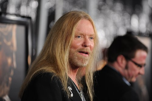 Gregg Allman arrives at the premiere Of Fox Searchlight's 'Crazy Heart' on December 8, 2009 at the Academy of Motion Picture Arts and Sciences in Beverly Hills