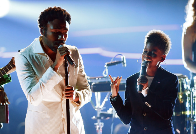 Well, towards the end of his Grammys performance on Sunday night, Childish Gambino brought out a tween to come sing with him.