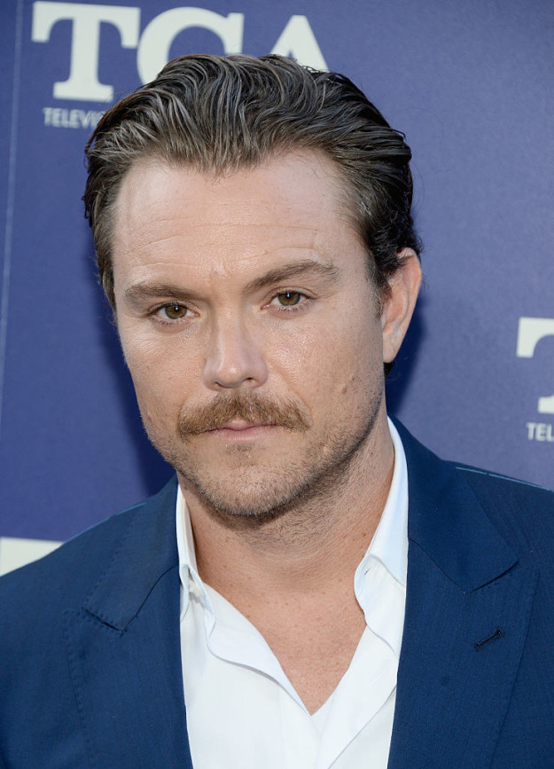 Clayne Crawford, the Det. Riggs to Damon Wayans' Det. Murtaugh on Fox's TV series version of Lethal Weapon, posted a statement on Instagram confirming reports that he was reprimanded for his on-set behavior.
