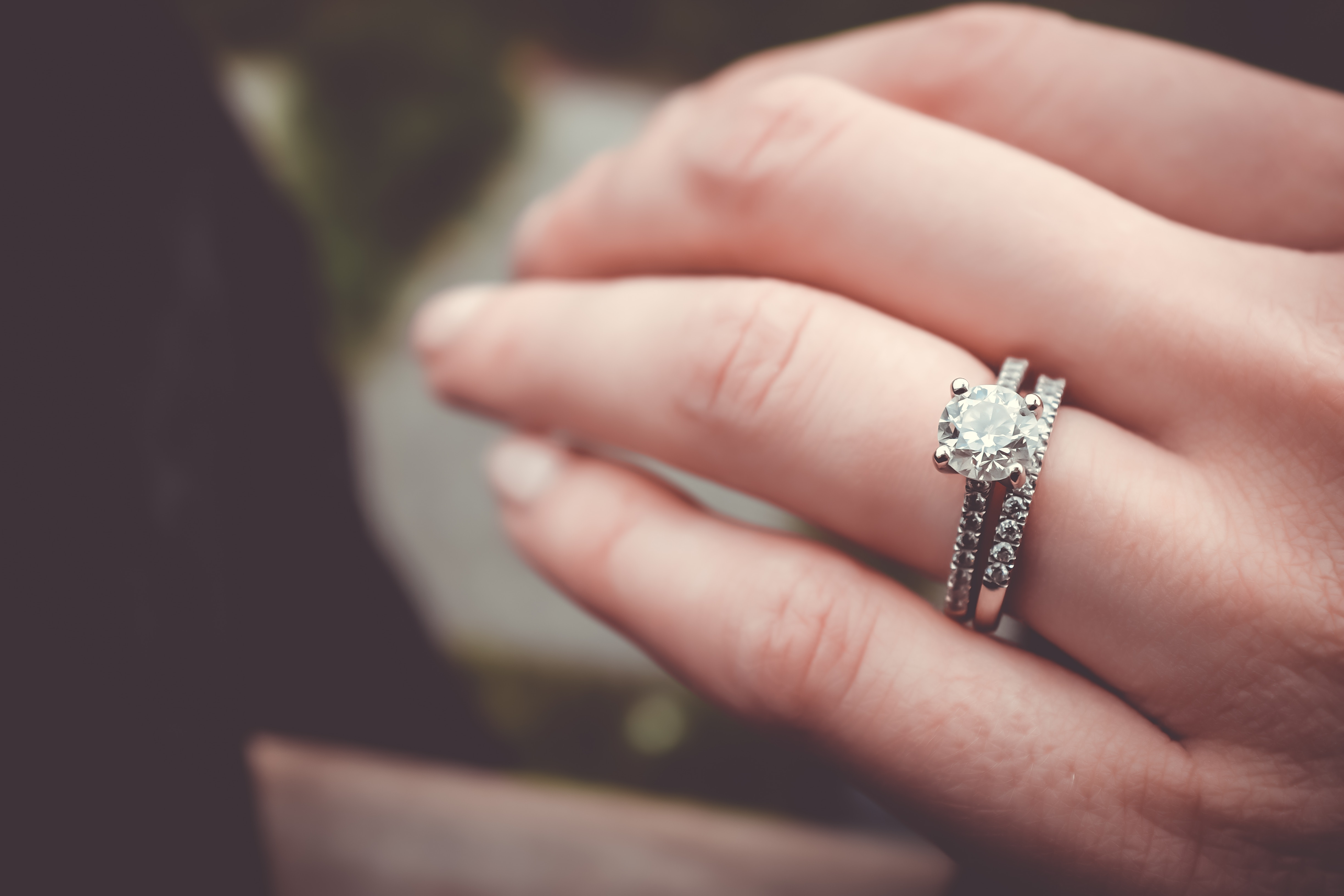 Unique Celebrity Engagement Rings With Gemstones and Colored ...